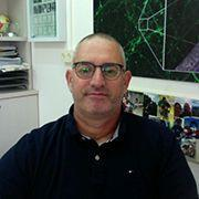 Prof. Eran Perlson